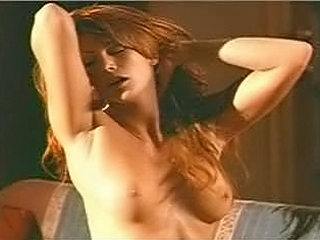 Angie Everhart Nude Clips