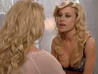 Final, Carmen electra kiss lesbian something is