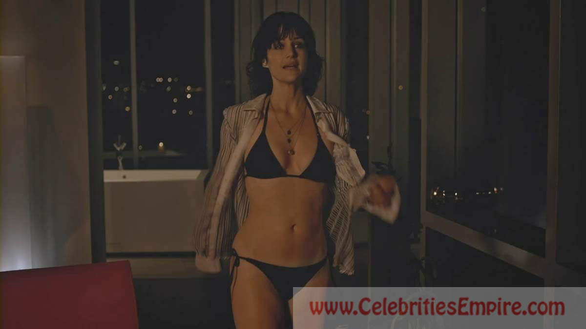 Carla gugino see through well possible!