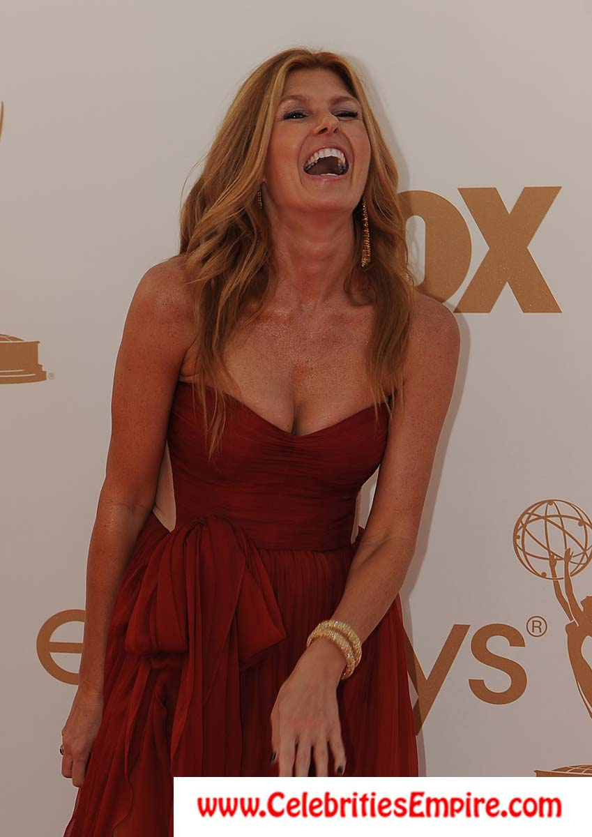 Connie Britton Cougar Cleavage