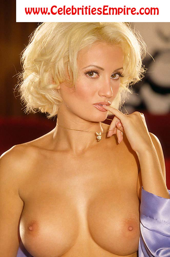 Holly Madison Nude - Naked Pics and Sex Scenes at