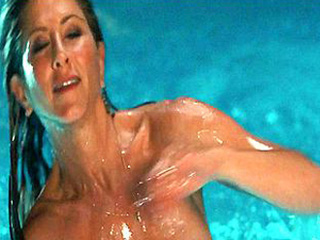jennifer aniston nude in the pool