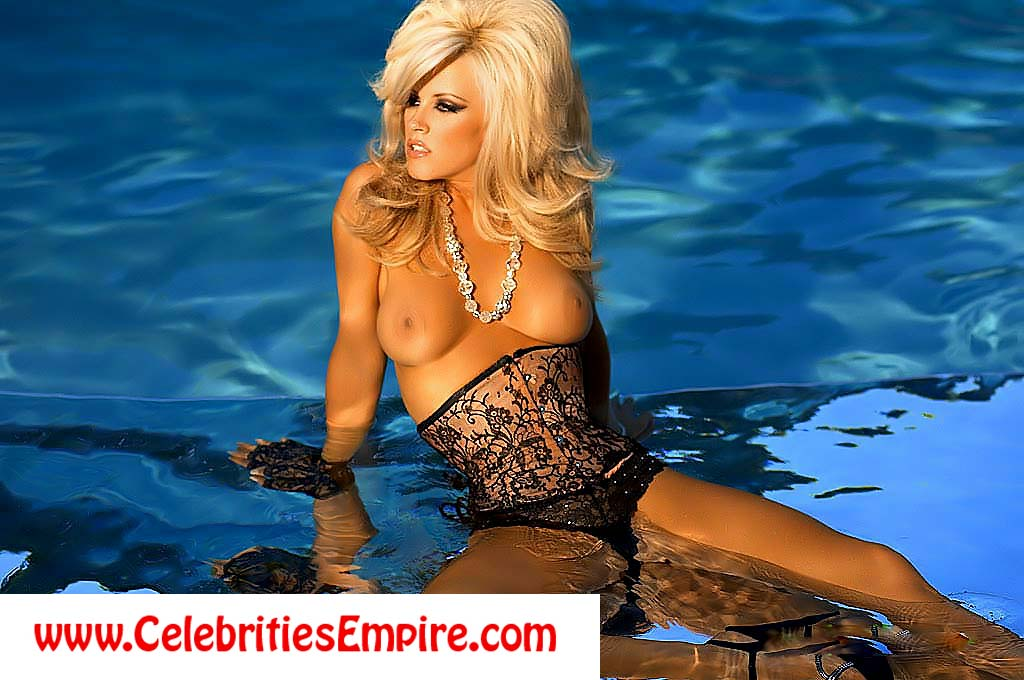 Jenny McCarthy Nude In Playboy