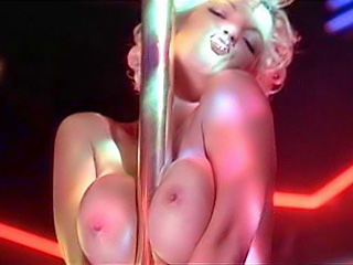 Criticising Strip britney spears tits think, that