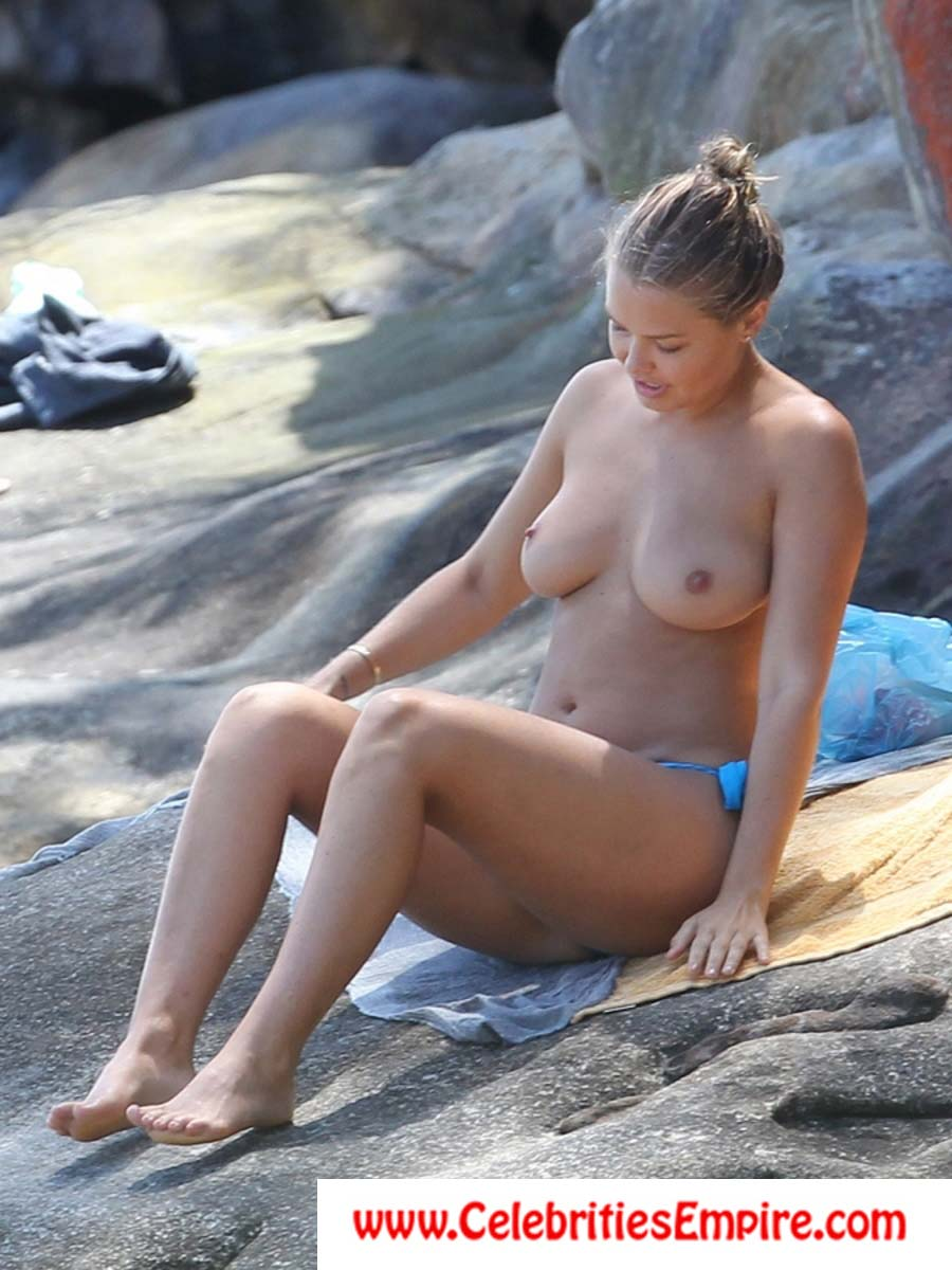 About lara bingle nude really
