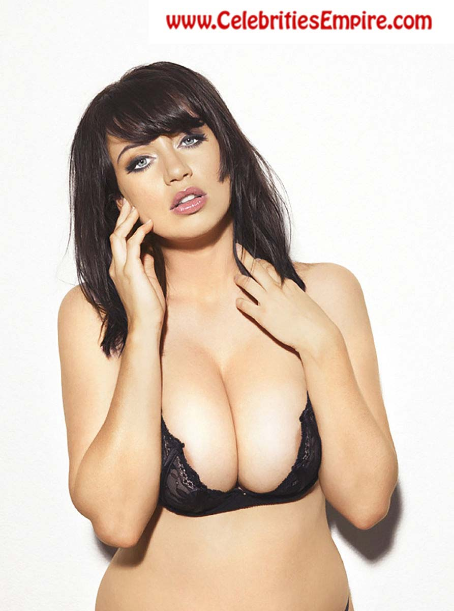 Sophie Howard Topless Shoot