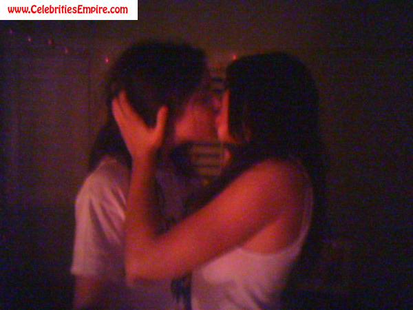 download full fucking pics young couples