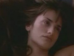Latina celeb Penelope Cruz nude in hot sex scenes