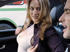 Leelee Sobieski busts out awesome cleavage