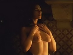 Monica Bellucci washing her big boobs