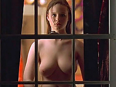 Thora Birch topless exposes her big tits