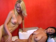 Beverly Lynne And Syren Nude Lesbo Sex Scene In Bikini Royal...