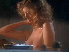 Susan Sarandon topless washes her breasts