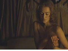 Keira Knightley sweet nude breasts