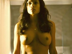 Rosario Dawson nude shows big tits and pussy