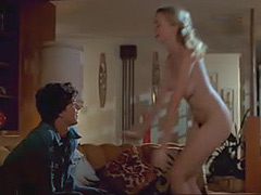 Heather Graham lovely shaved pussy