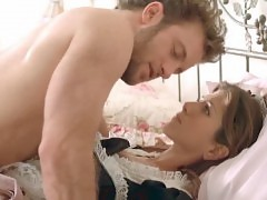 Jennifer Aniston Hot Sex On The Bed In Friends With Money Mo...