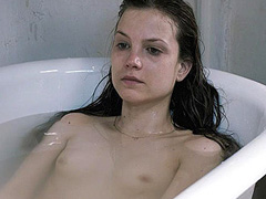 Sylvia Hoeks naked lying in a bath tub