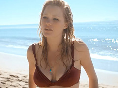 Ashley Hinshaw wet nipple pokies in bikini