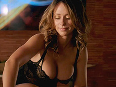 Jennifer Love Hewitt busty massage scene